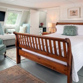 Kennebunkport, Maine B&B - Waldo's Retreat Room bed