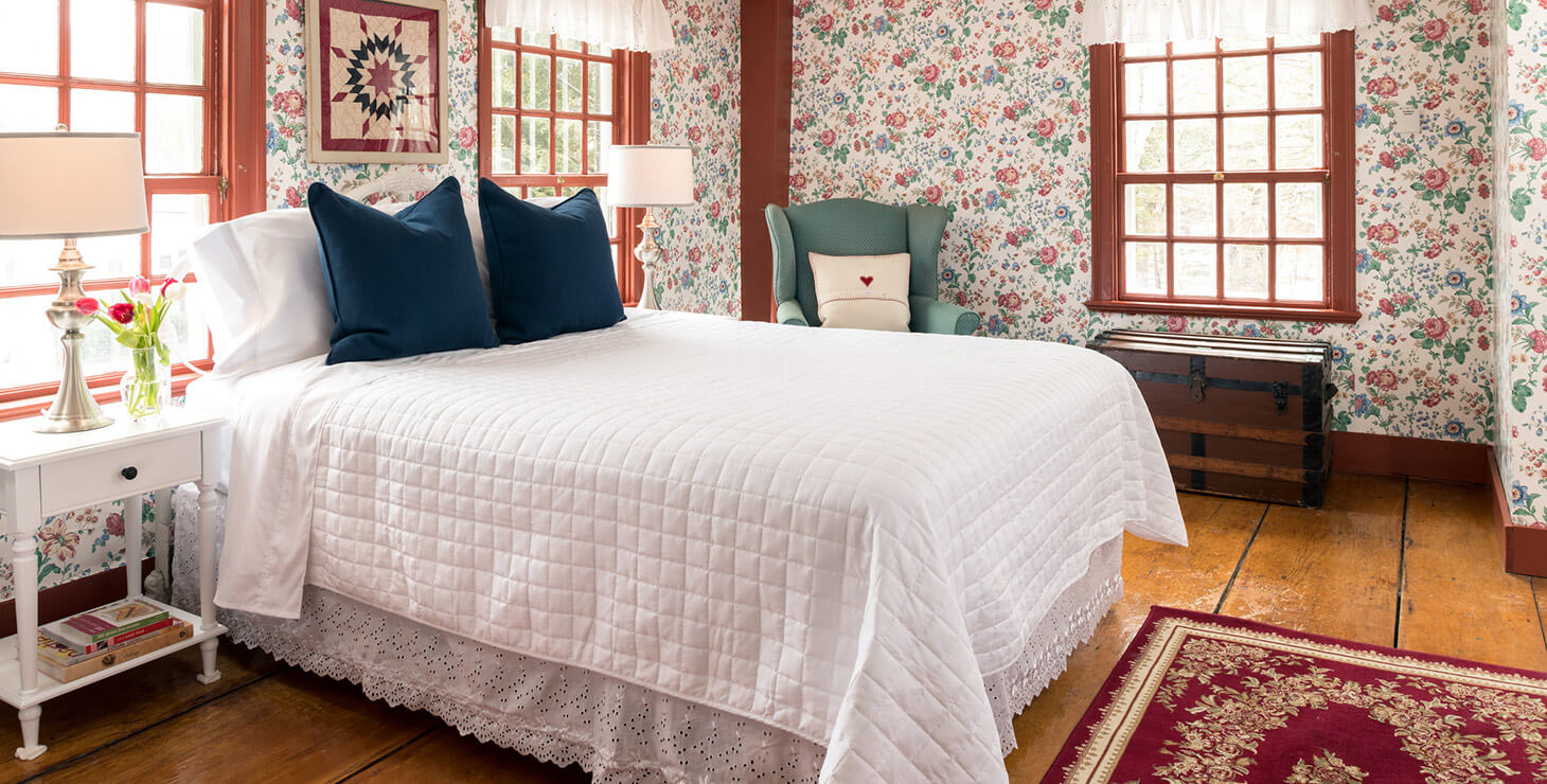 The Kingsbury Room bed at our Kennebunkport bed and breakfast