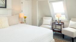 Kennebunkport, Maine accommodations - Waldo's Retreat Room seating area