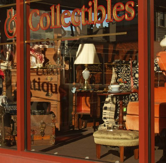Antique store perfect for shopping in Kennebunkport, Maine