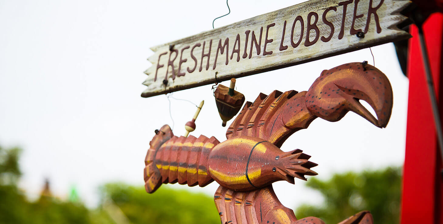 Fresh Maine Lobster sign in Kennebunkport