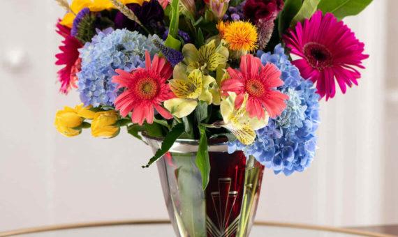 Medium bouquet of flowers