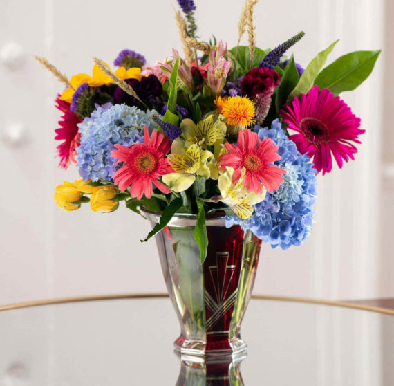Medium bouquet of flowers